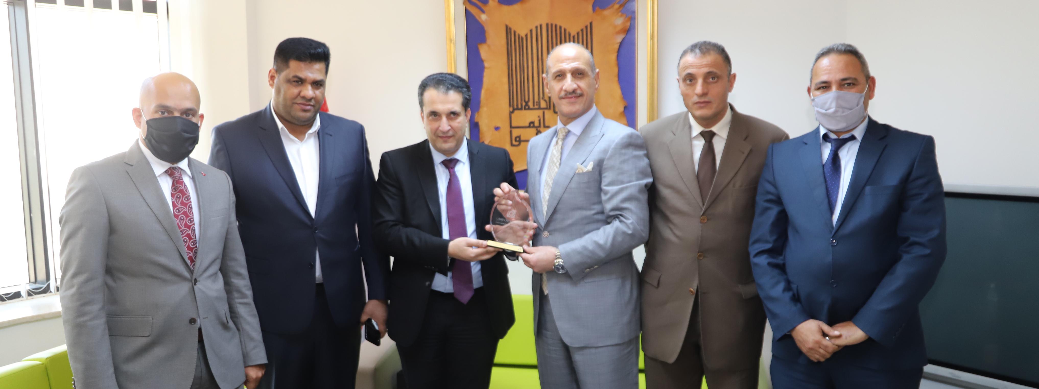 Visite du ministre irakien de la jeunesse et des sports